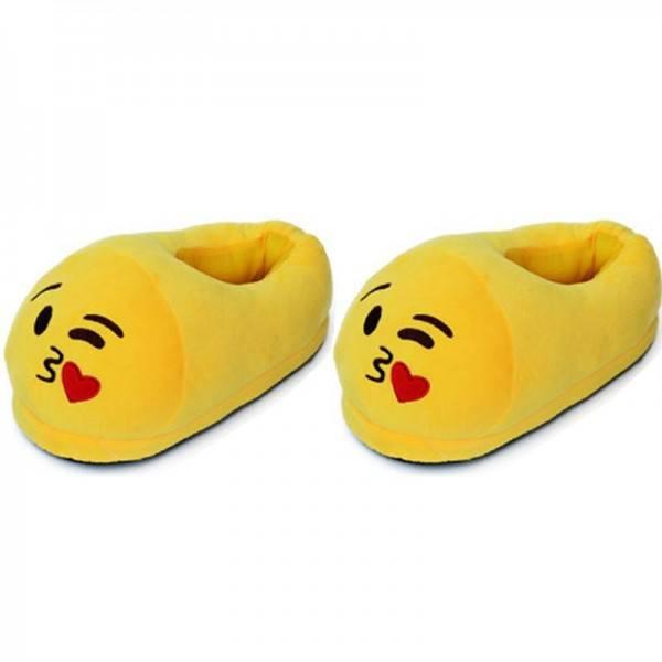Emoji kiss with heart mamusz